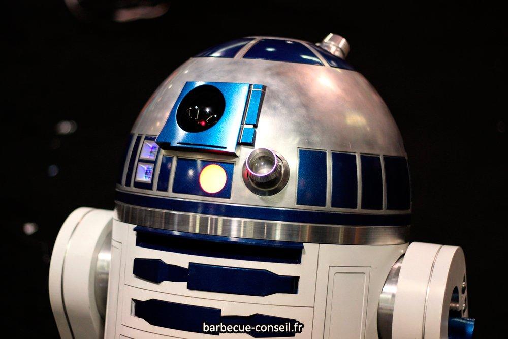 Le fumoir ressemble au robot R2D2 de Star Wars